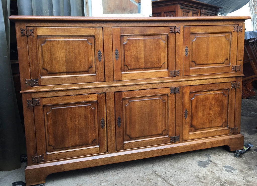 LARGE SIMPLE OAK CABINET WITH IRON HINGES