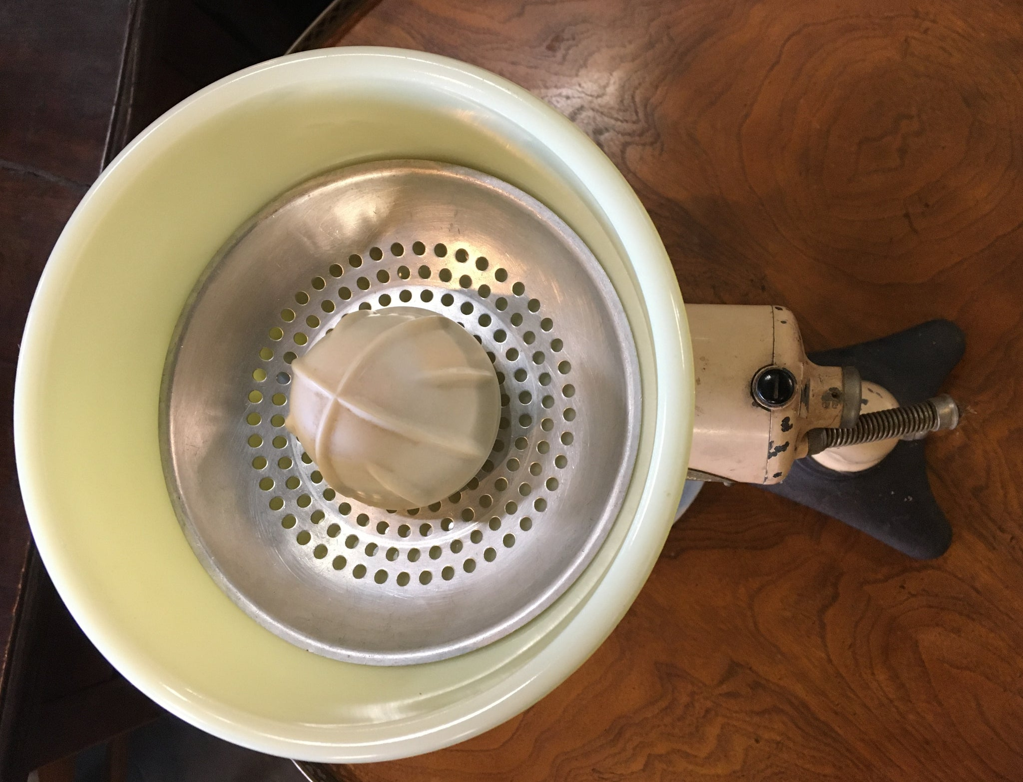 AS FOUND 1920'S HAMILTON BEACH MIXER WITH BOWL AND ATTACHMENTS
