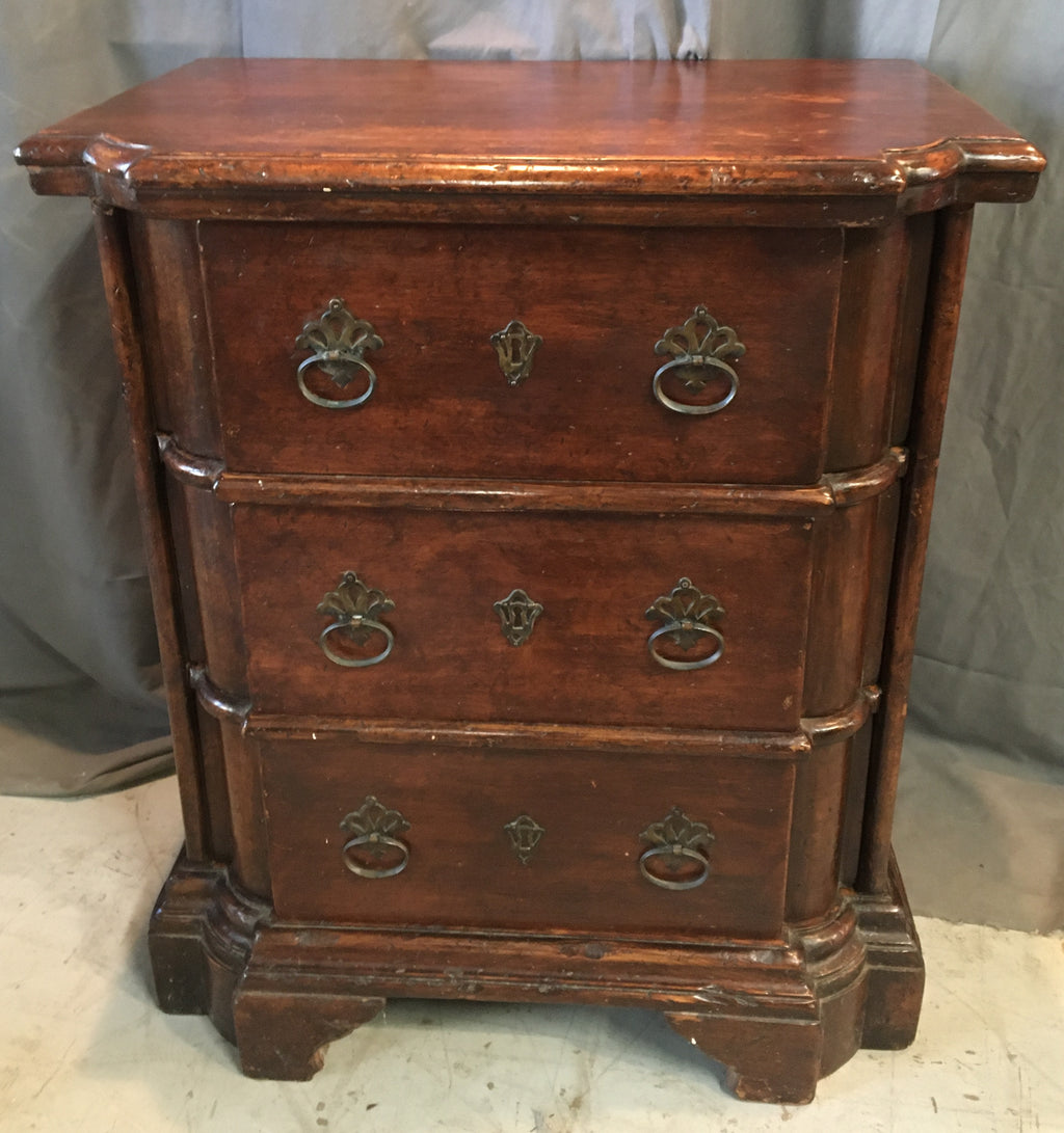 ITALIAN NIGHT STAND WITH BRACKET FEET