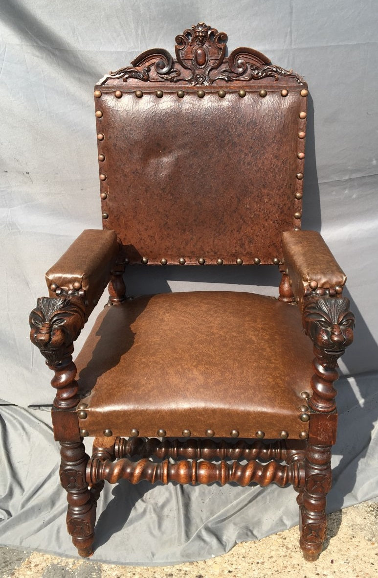 LION HEAD BARLEY TWIST ARM CHAIR