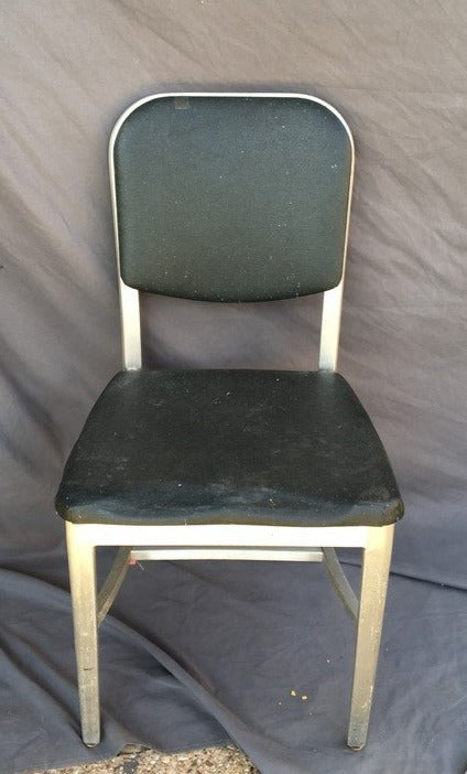 MID CENTURY ALUMINUM OFFICE CHAIR WITH GREEN SEAT