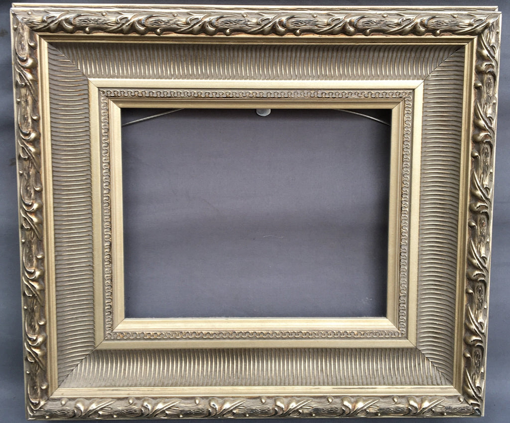SMALL SILVER FRAME WITH FRENCH MOLDING