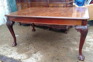 MAHOGANY CHIPPENDALE FOOT DINING TABLE