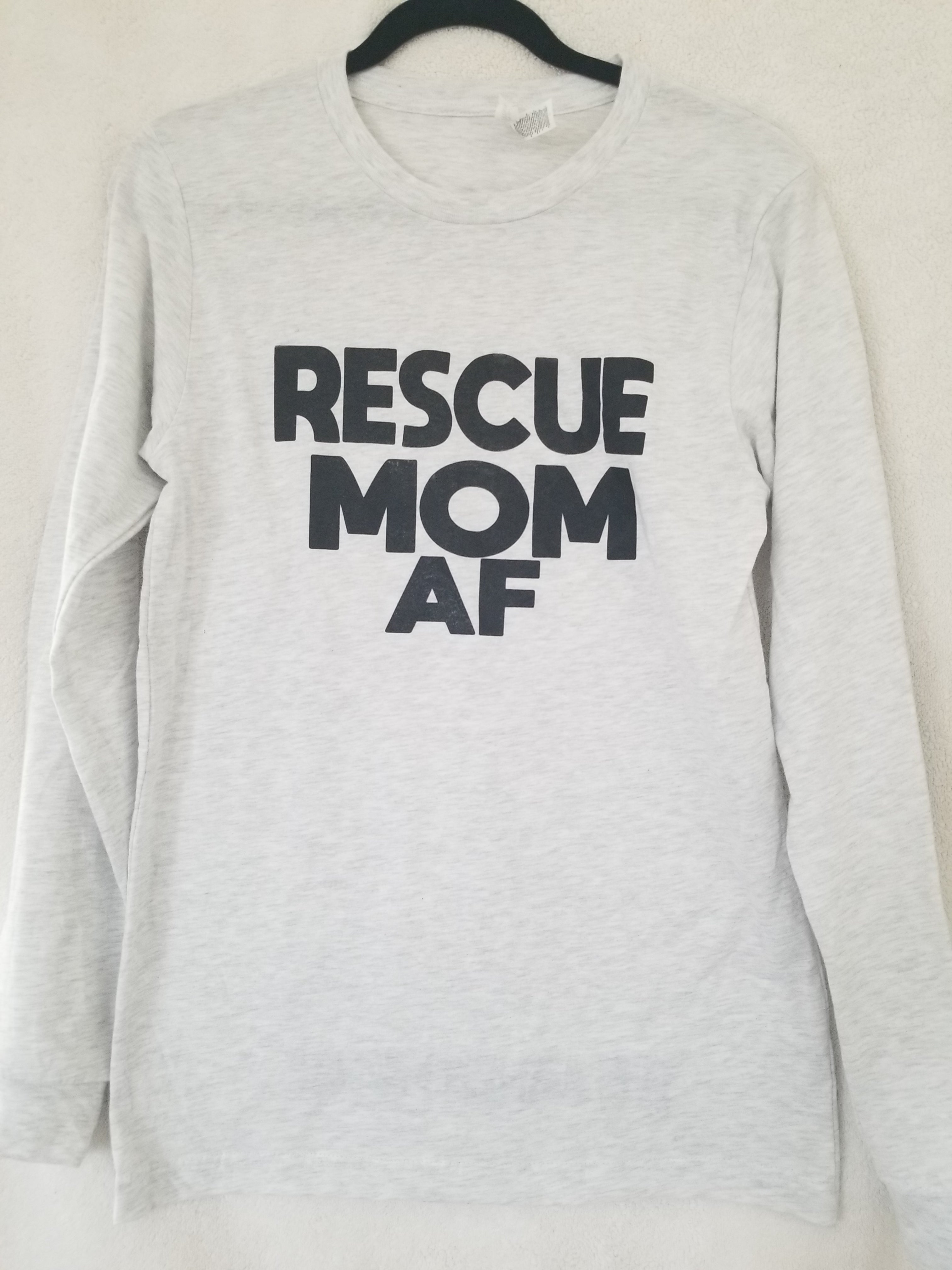 Rescue MOM AF Unisex Longsleeve T-Shirt (2 Colors)