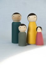 Load image into Gallery viewer, Pantone Peg Doll Family
