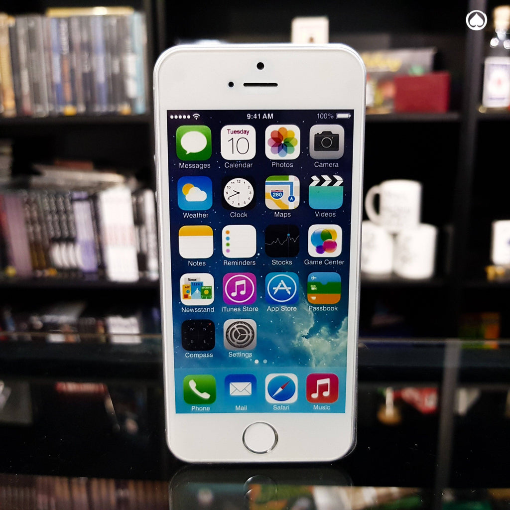 iPhone 5 Silver by Shin Lim