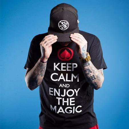 Polera Keep Calm and Enjoy The Magic - Manga Corta