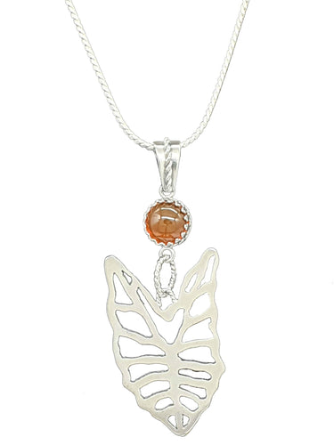 Kris plant leaf pendant and chain