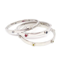 "Load image into Gallery viewer, ""Classic"" Bangle - Spinel"