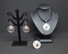 "Load image into Gallery viewer, ""Pansodan"" Blue Sapphire Drop Earrings"