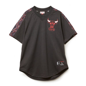 Winning Team Mesh V-Neck Chicago Bulls (シカゴブルズ VネックTシャツ)