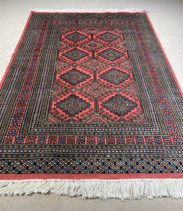 Persian Bukhara '4.1X6.0' Hand knotted area rug
