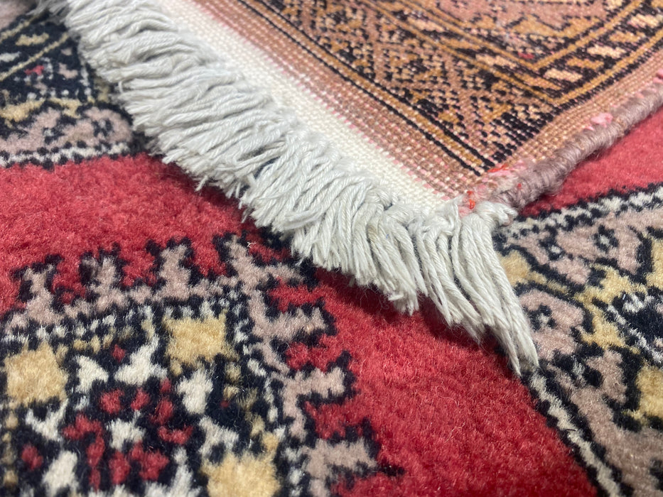 1.0X3.8 Authentic Hand Knotted 100% Wool Area rug (Wall hanging)