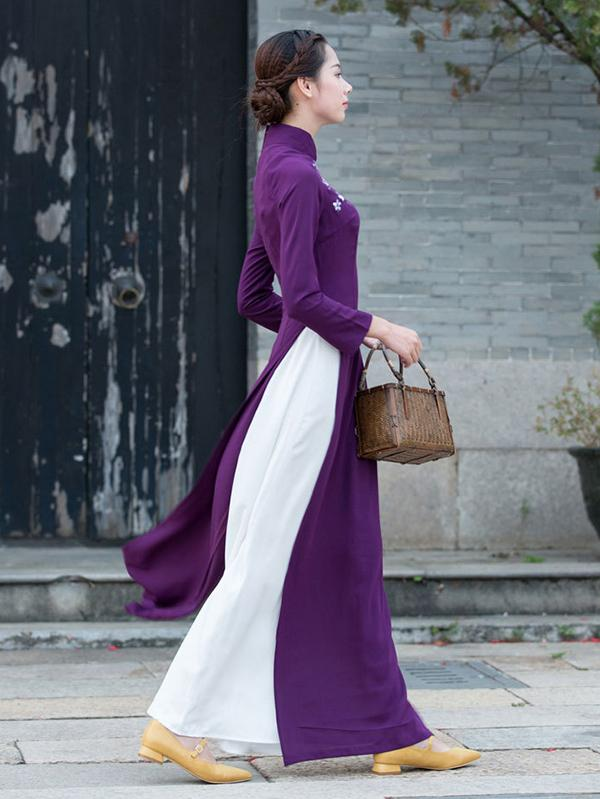 Traditional Chinese Split-side Long Dress in Purple Color - Zebrant