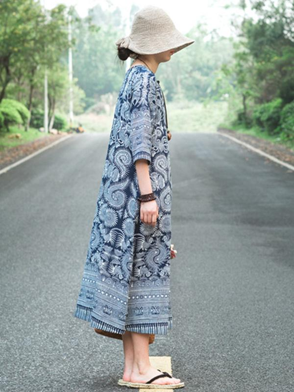 Casual Three Quarter Long Sleeves Dress with Blue Ornament - Zebrant