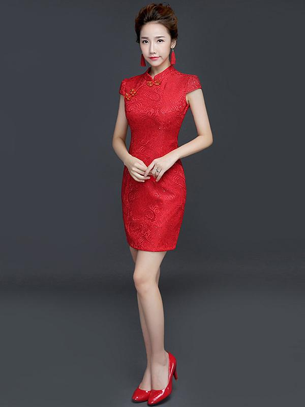 Red Embroidered Side Split Stand Collar Short Cheongsam - Zebrant