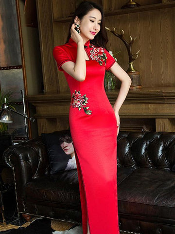 Red Embroidered Long Cheongsam Dress - Zebrant