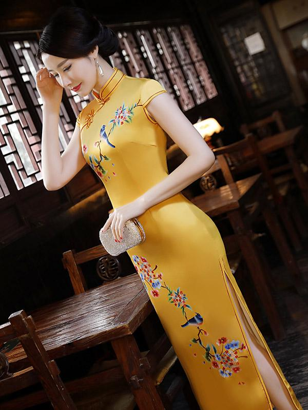 Natinal Flower Printed Stand-collar Split-side Yellow Long Cheongsam - Zebrant
