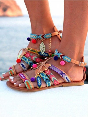 Bohemia Floral Pompoms & Leaf Decorated Beach Flat Sandals - Zebrant