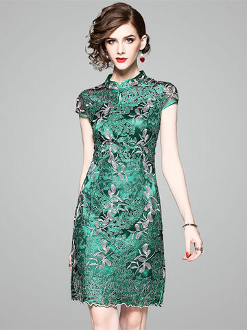 Green Embroidered Stand-collar Short Cheongsam Dress - Zebrant