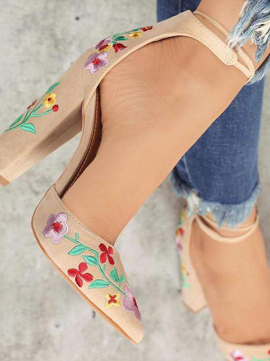 Embroidered Chunky Heels Shoes - Zebrant