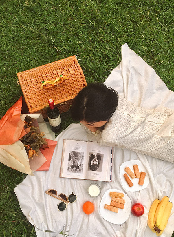 Picnicking: Let's Savor the Moment