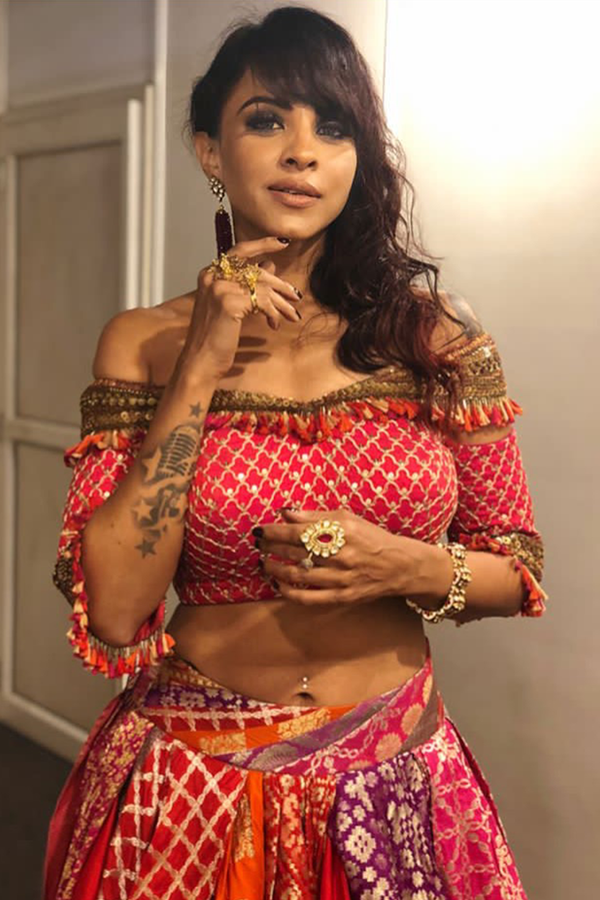 MANASI SCOTT IN THE BENARASI LEHENGA