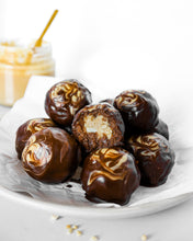 Load image into Gallery viewer, Peanut Butter Chocolate Protein Balls