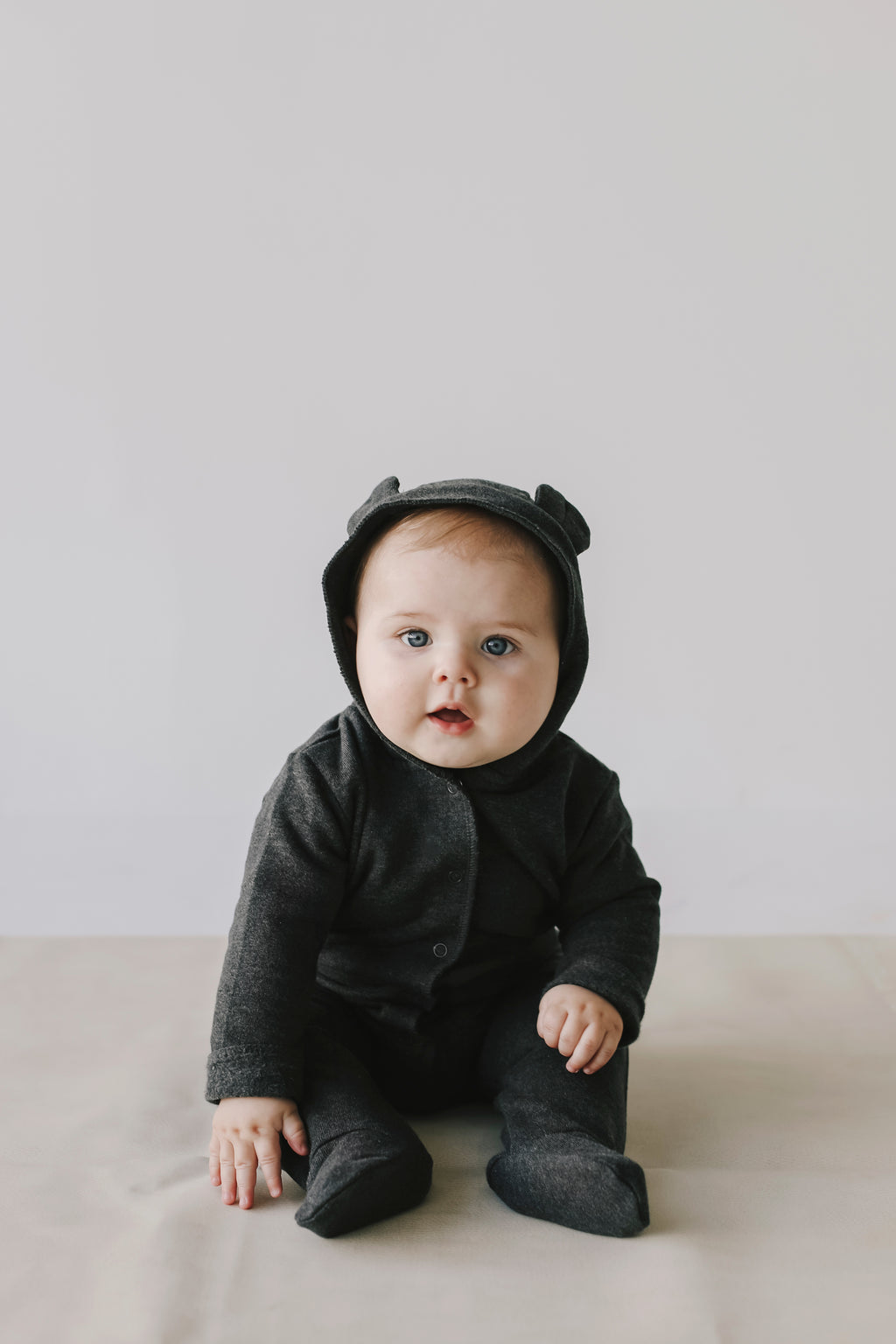 Bearsuit Dark Gray