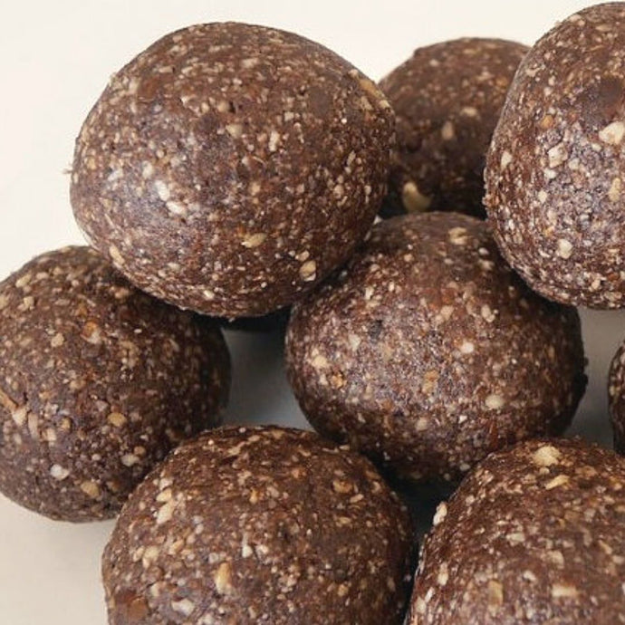 CHOC PEPPERMINT BLISS BALLS