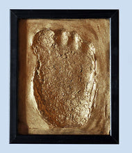 Load image into Gallery viewer, 1957 Tom Slick Bigfoot Cast track replica