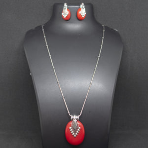 Oval Pendant and earring - Red