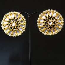 Load image into Gallery viewer, Kundan Studs Earrings