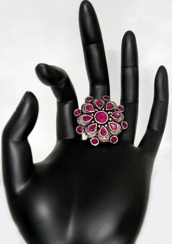 Maroon Flower Finger Ring - Inspired Creations