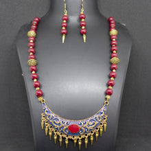 Load image into Gallery viewer, Meenakari pendant