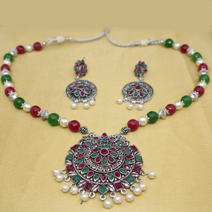Silver Maroon and Green Necklace