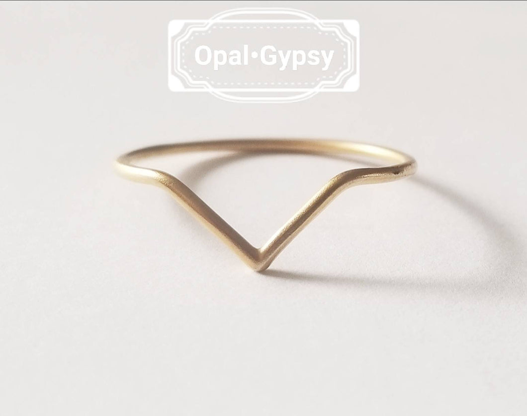 Gold Chevron Ring sizes 6-9