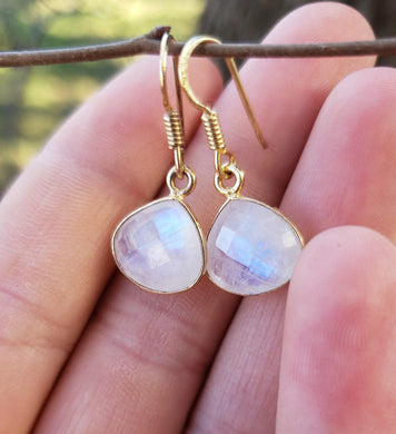 Golden Moonstone Drops • Gifts for her • Moonstone earrings