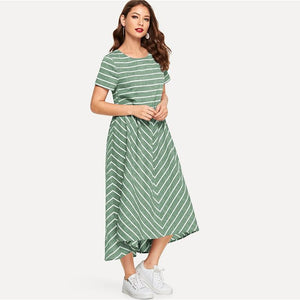 Della Chevron Short Sleeve Maxi Dress