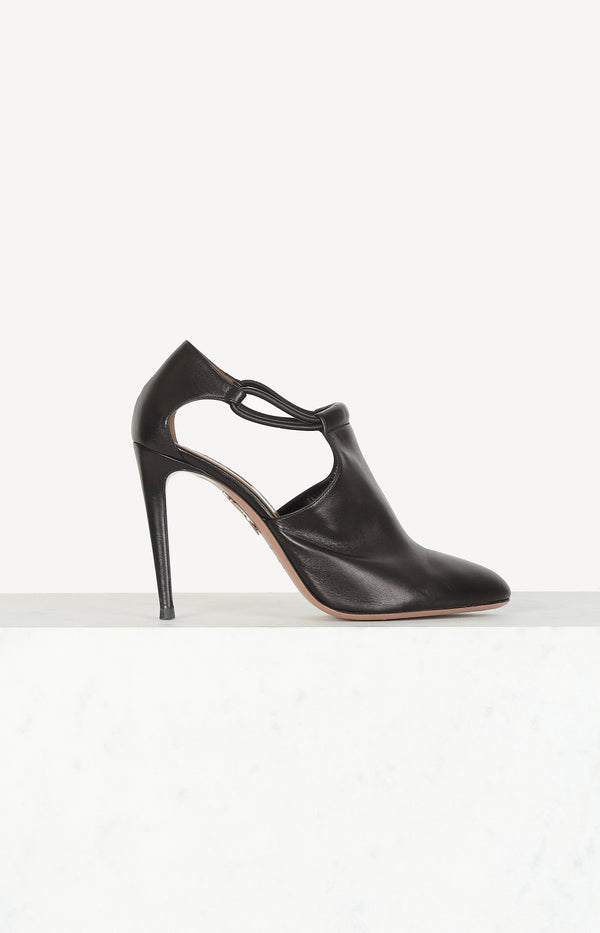 Pumps in dark brown