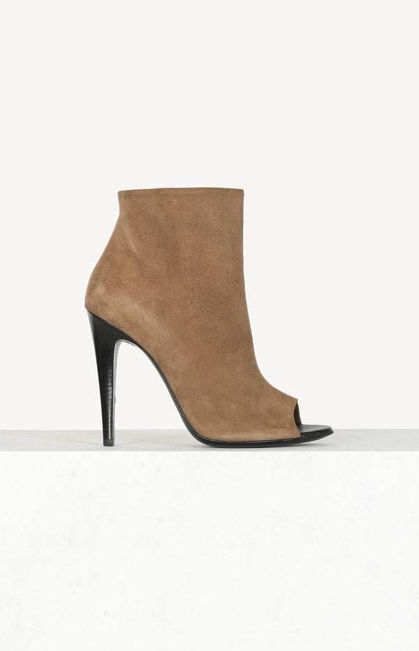 Ankle Boots in Camel