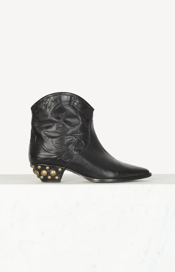 Dawina Embossed boots in black