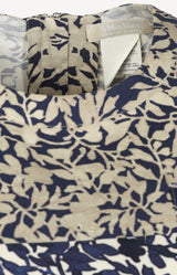 Shift dress with print in blue / cream