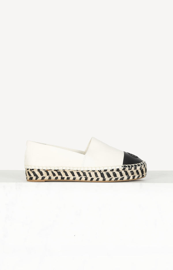 Espadrilles in black and white