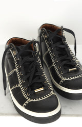 High Top Sneaker in Schwarz