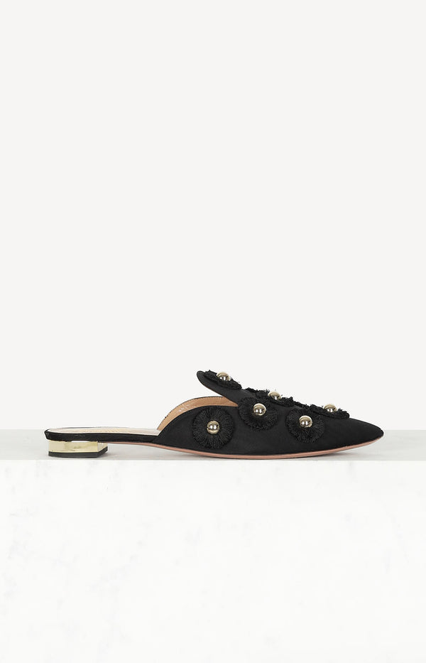 Flat mules in black / gold
