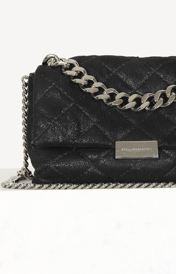 Beckett Quilted bag in black