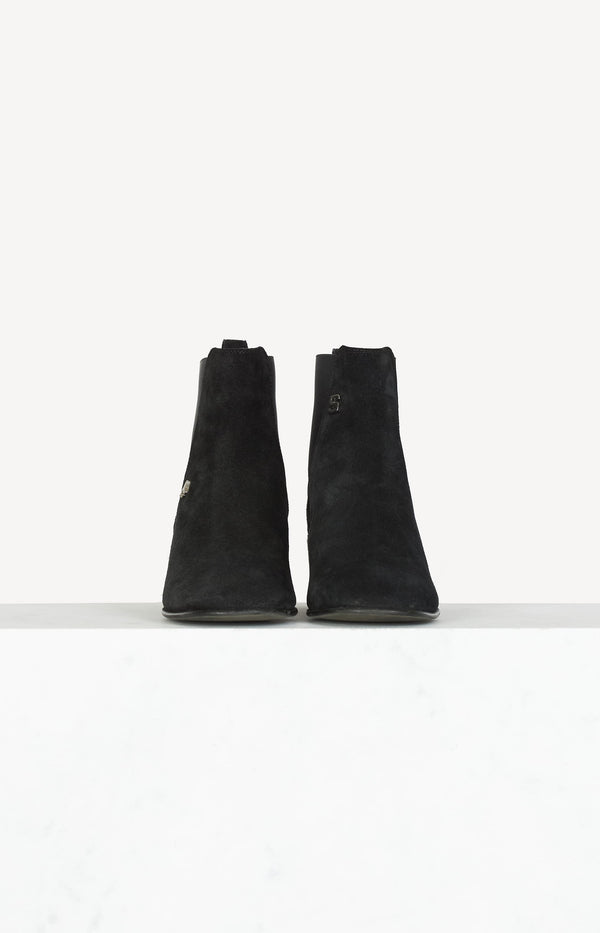 Hely Suede ankle boots in black