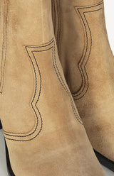 Western Boots in Camel