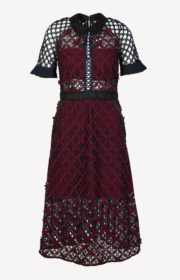 Dress in Bordeaux / Navy / Black